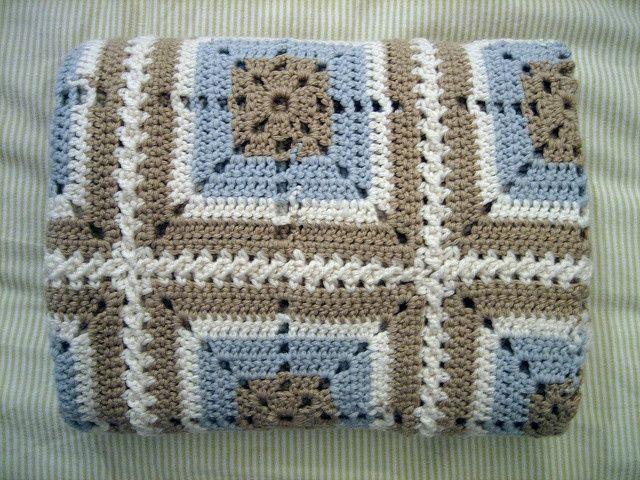 Crochet baby blanket, via Flickr.
