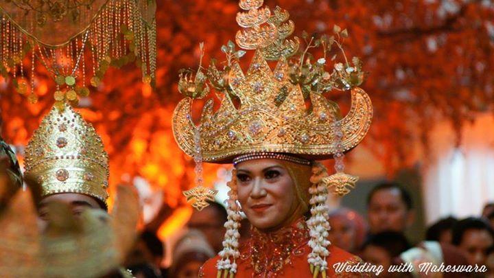 Pin Di Traditional Ceremony