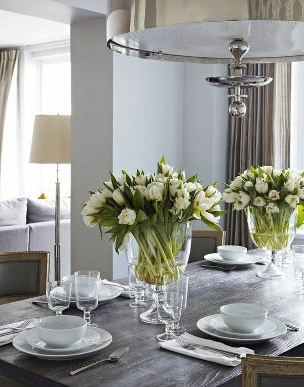 36 great ideas for table decorations with tulips for Home dinner table decorations