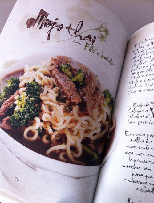 No Dia do Miojo, um belo livro de receitas e uma grande ajuda: participe