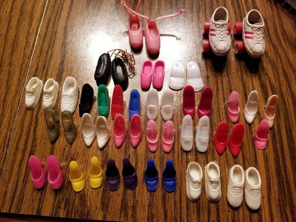 20 Pcs Pink Hangers for s Dolls/' Clothes Accessories Plastic HangersXF9