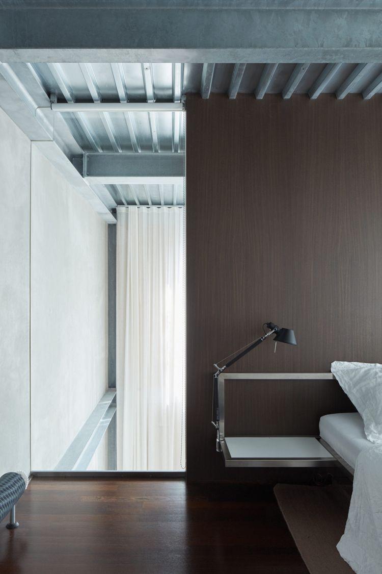 minimalistische einrichtung beton holz schlafzimmer nachttisch ...