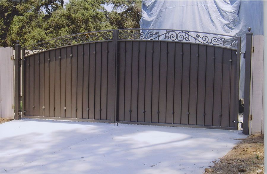 Driveway Gates Sam S Fence Home Entryway Amp Stairs
