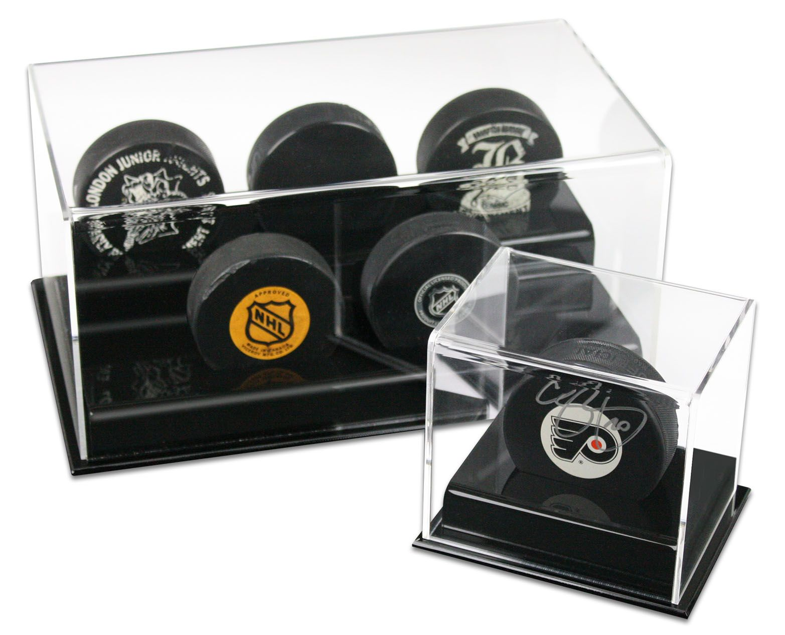 Hand Crafted Hockey Puck Display Case Puck By Hockeypuckholders Hockey Puck Display Display Case Hockey Puck