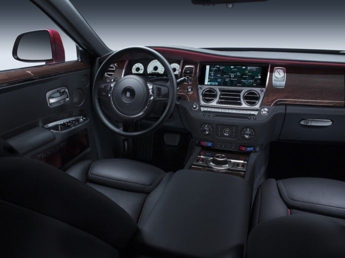 at the 2014 new york international auto show rolls royce motor cars unveiled ghost series ii to north american customers