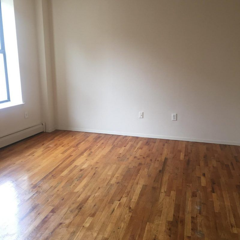 WONDERFUL BEDFORD PARK 1 BEDROOM, $1350 PER MONTH
