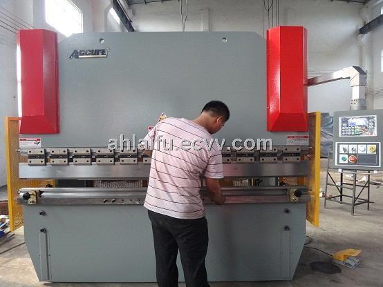 Sheet Metal Press Brake Hydraulic Cnc Steel Metal Plate Bending Machine Wc67y 100t 3200 China Metal Forming Mach Pressed Metal Folding Machine Steel Metal