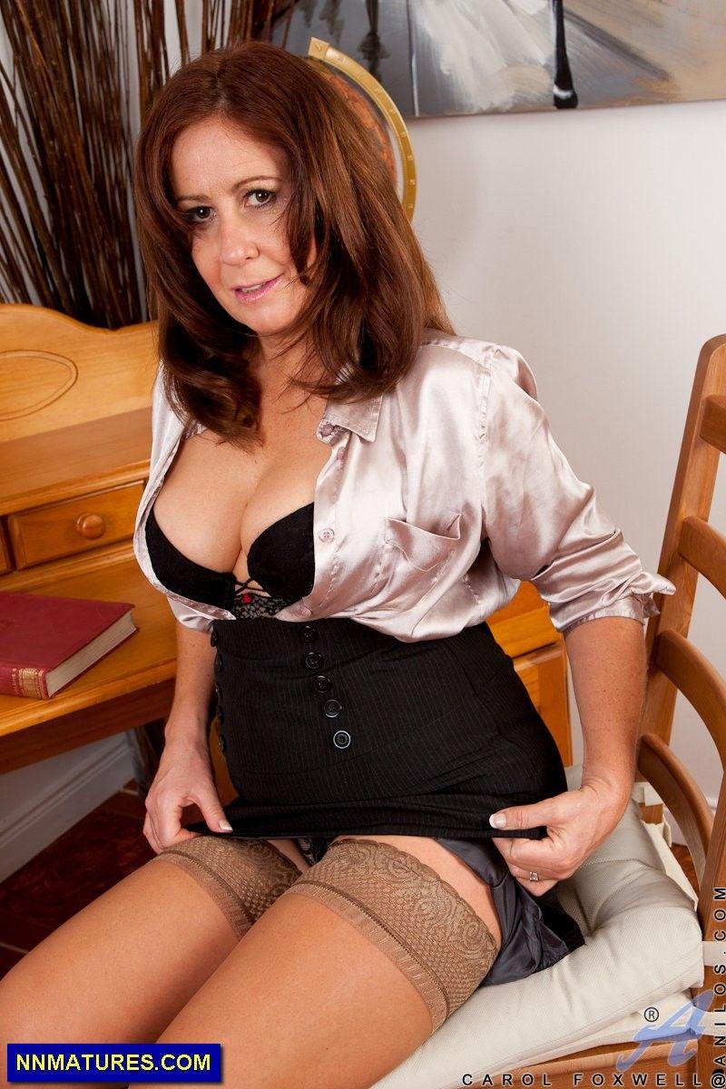 47yo mature. gallery link: http://nnmatures/big-boobs/older-milf