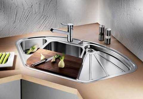 Corner Kitchen Sink Design With Metal And Wood Materials