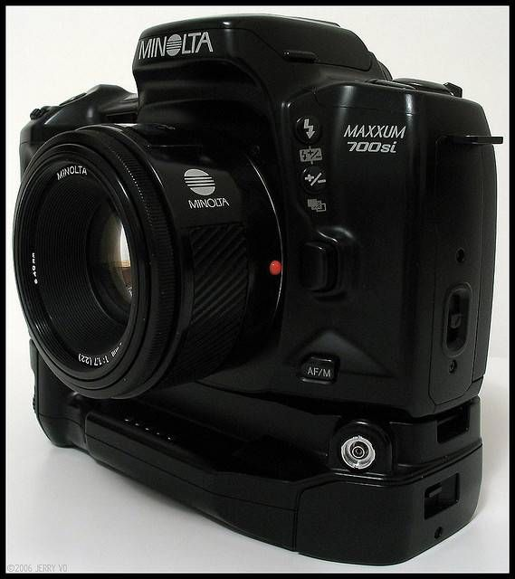 Minolta Maxxum 700si My Second SLR Camera In The Nineties Now For Sale At EBay 30 Euro Especially Great Pictures With Available Light 50 Mm