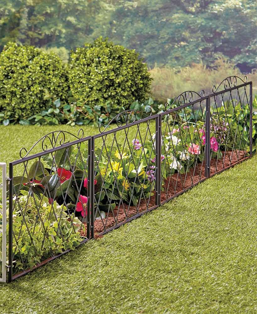 Scrolled Metal Garden Fence In 2020 With Images Metal Garden