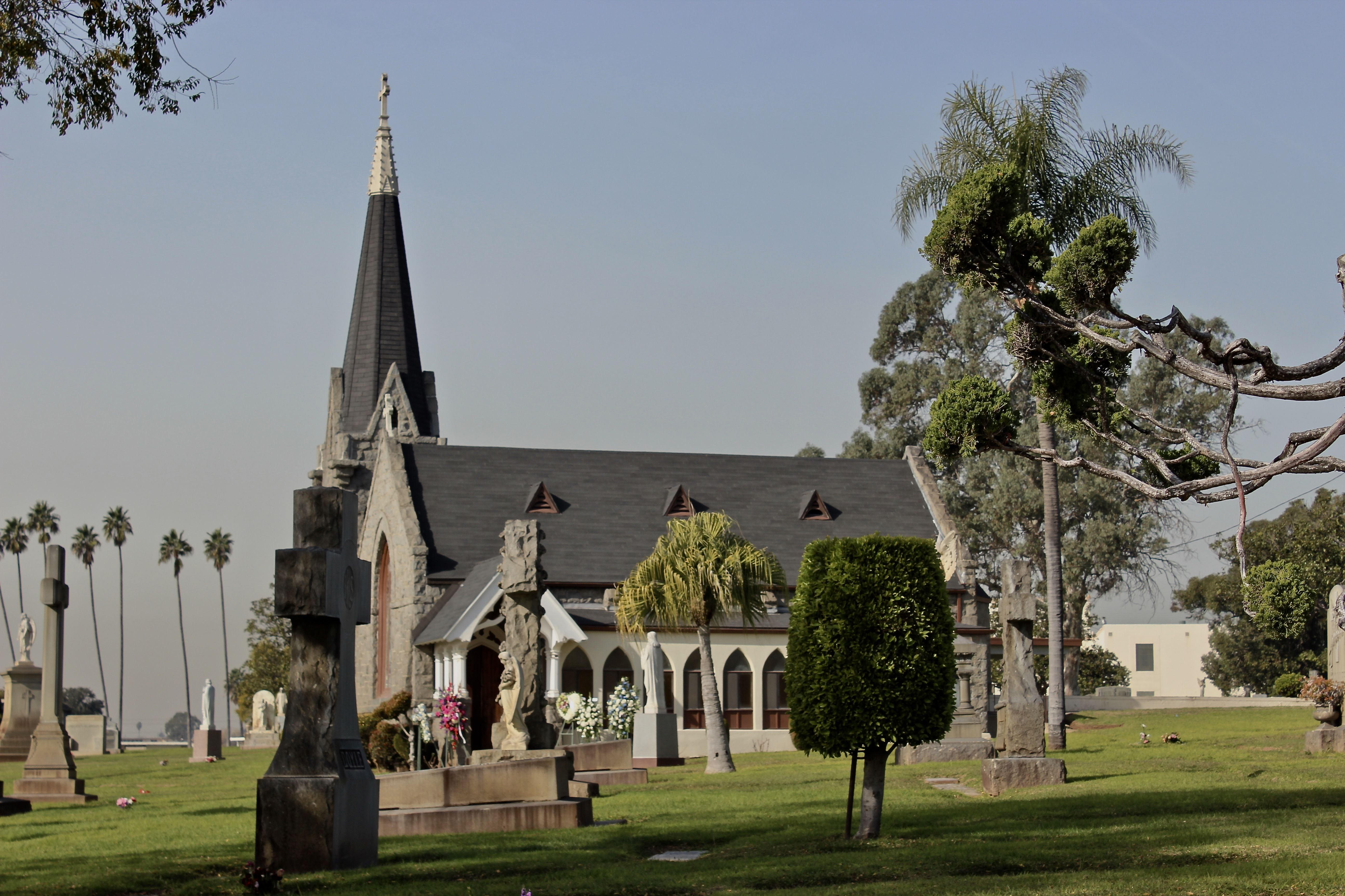 Calvary Cemetery Los Angeles Roman Catholic Cemetery That The Archdiocese Of La In The Community Of East L East Los Angeles Cemeteries Photography La History