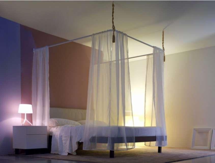 letti a baldacchino - letto a baldacchino con tende trasparenti ... - Camera Da Letto Con Baldacchino