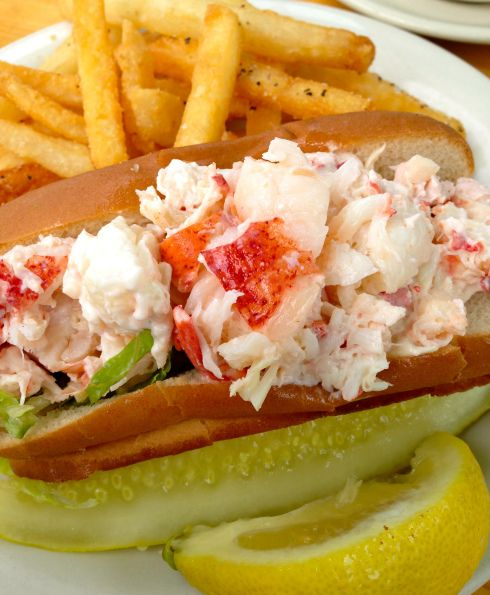 Where to find the absolute BEST lobster rolls on the East Coast!