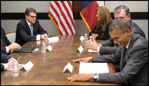 Gov. Rick Perry and President Obama immigration meeting photo goes viral