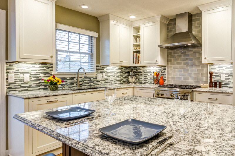 Viatera Quartz Surface From Lg Hausys Offers Timeless