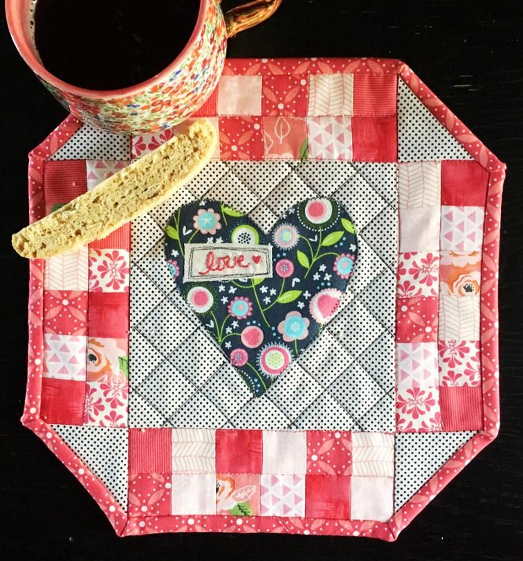 Free Quilt Pattern Valentine S Day Mini Quilt Tutorial With Heart