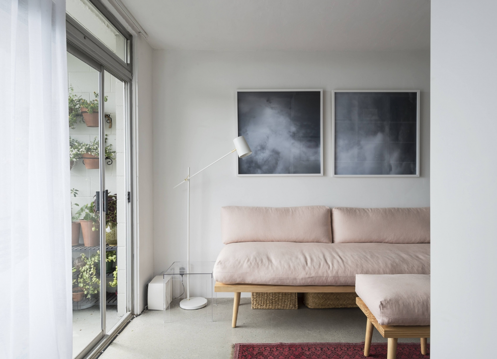 A Glamorous Studio Apartment in Auckland That Feels Like a