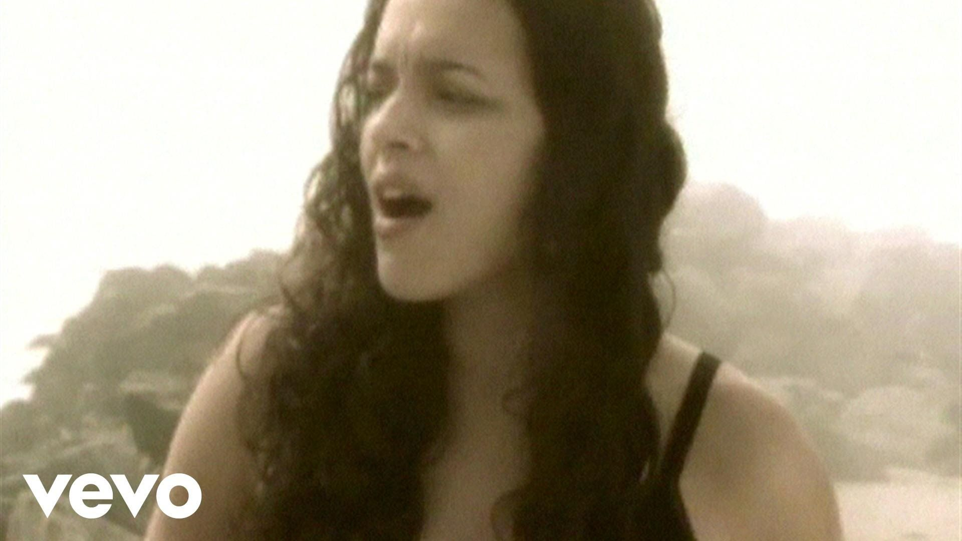 Music Video By Norah Jones Performing Don 39 T Know Why C 2002 Blue Note Records Norah Jones Music Videos Music Love