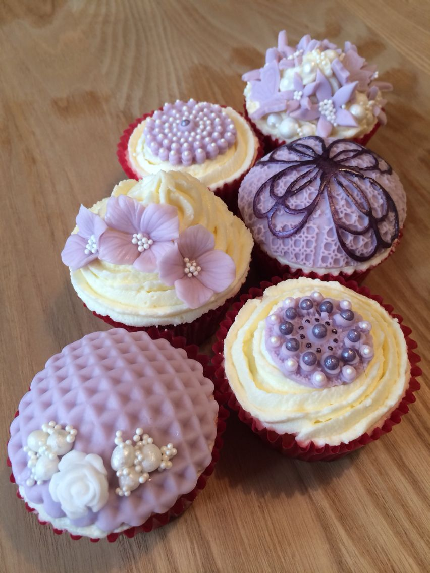 Lilac & pearl cuppies