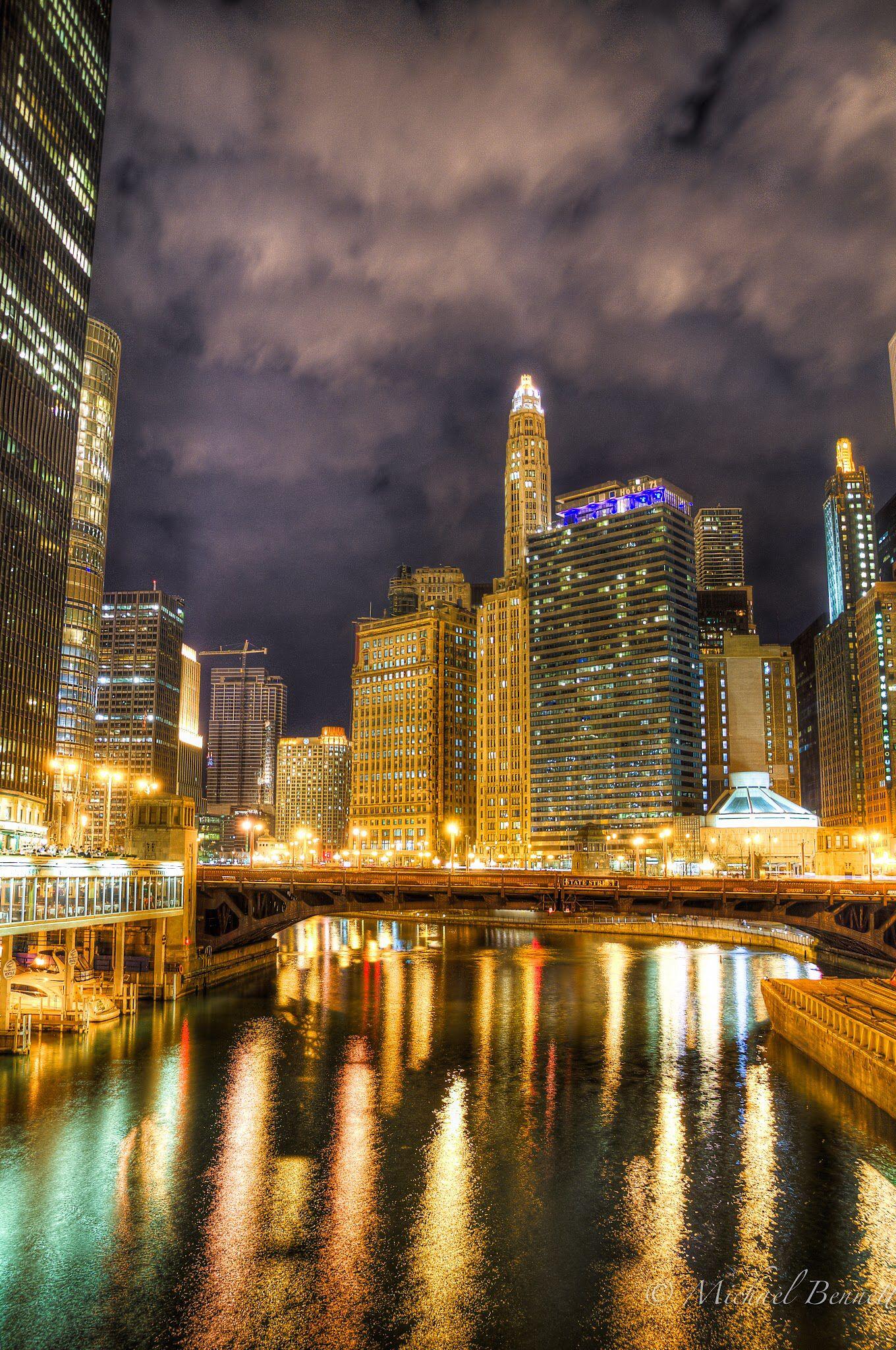 Chicago ️ (With images) | New york skyline, Travel around ...