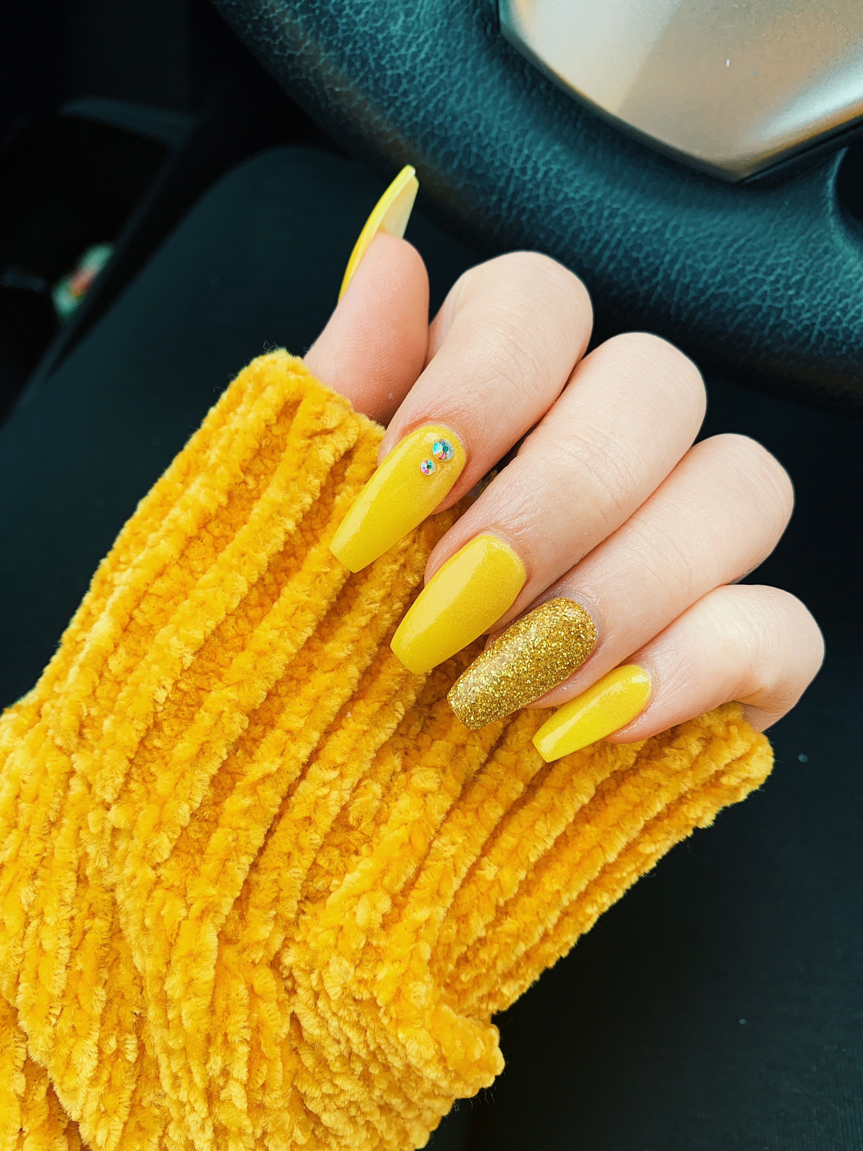 Yellow Gold Glitter Coffin Nails Yellow Nails Design Gold Acrylic Nails Sunflower Nails
