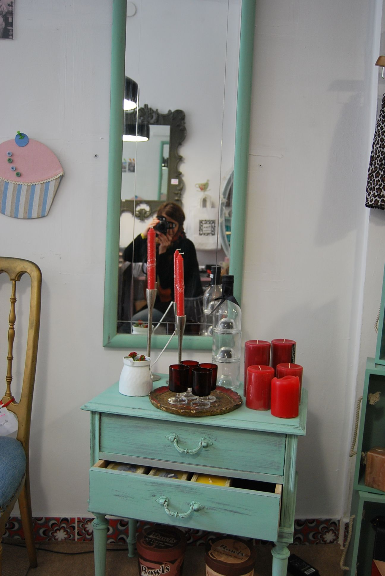 mesita y espejo vintage en Tixa Shop