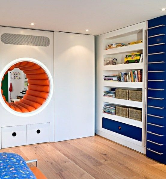 Crawl Space Room Divider Between To Siblings Rooms.This Is An Awesome Idea,  Unless One Of Them Snores. It Just Needs A Door One One Side.