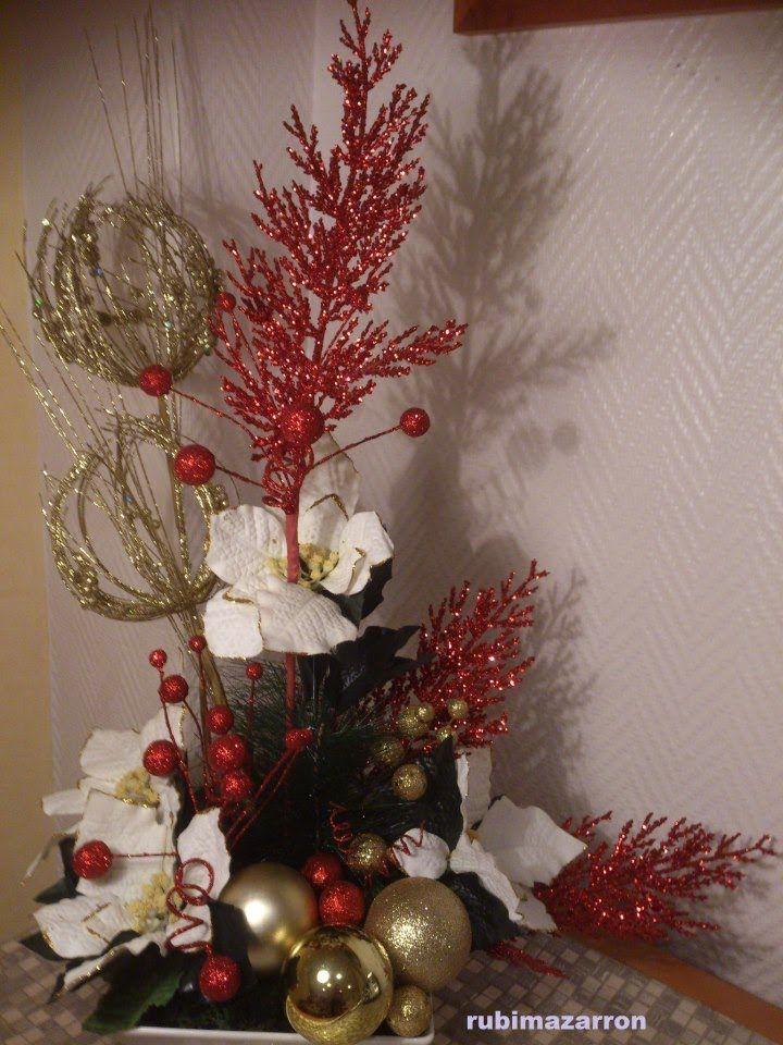 como hacer un centro de mesa floral especial navidad flores y bolas