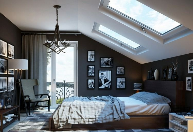 schlafzimmer mit schwarz wei en fotos an den w nden sessel ikea strandmon stockholm stehlampe. Black Bedroom Furniture Sets. Home Design Ideas