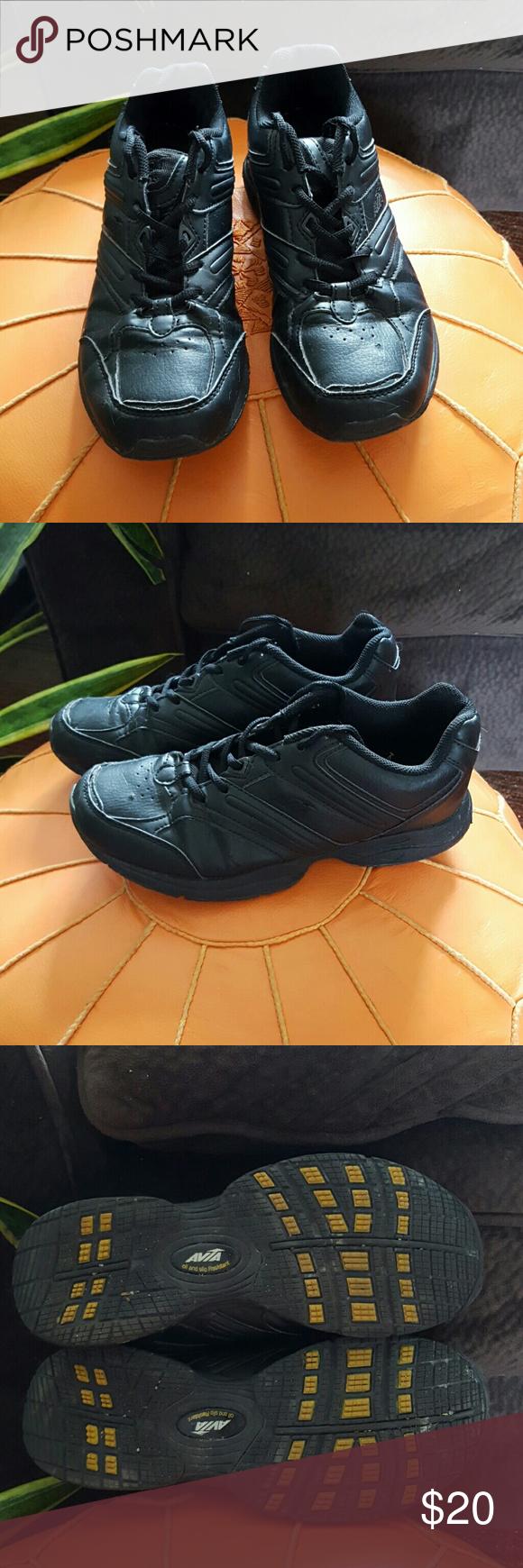 Avia Non Slip Shoes   Slip resistant