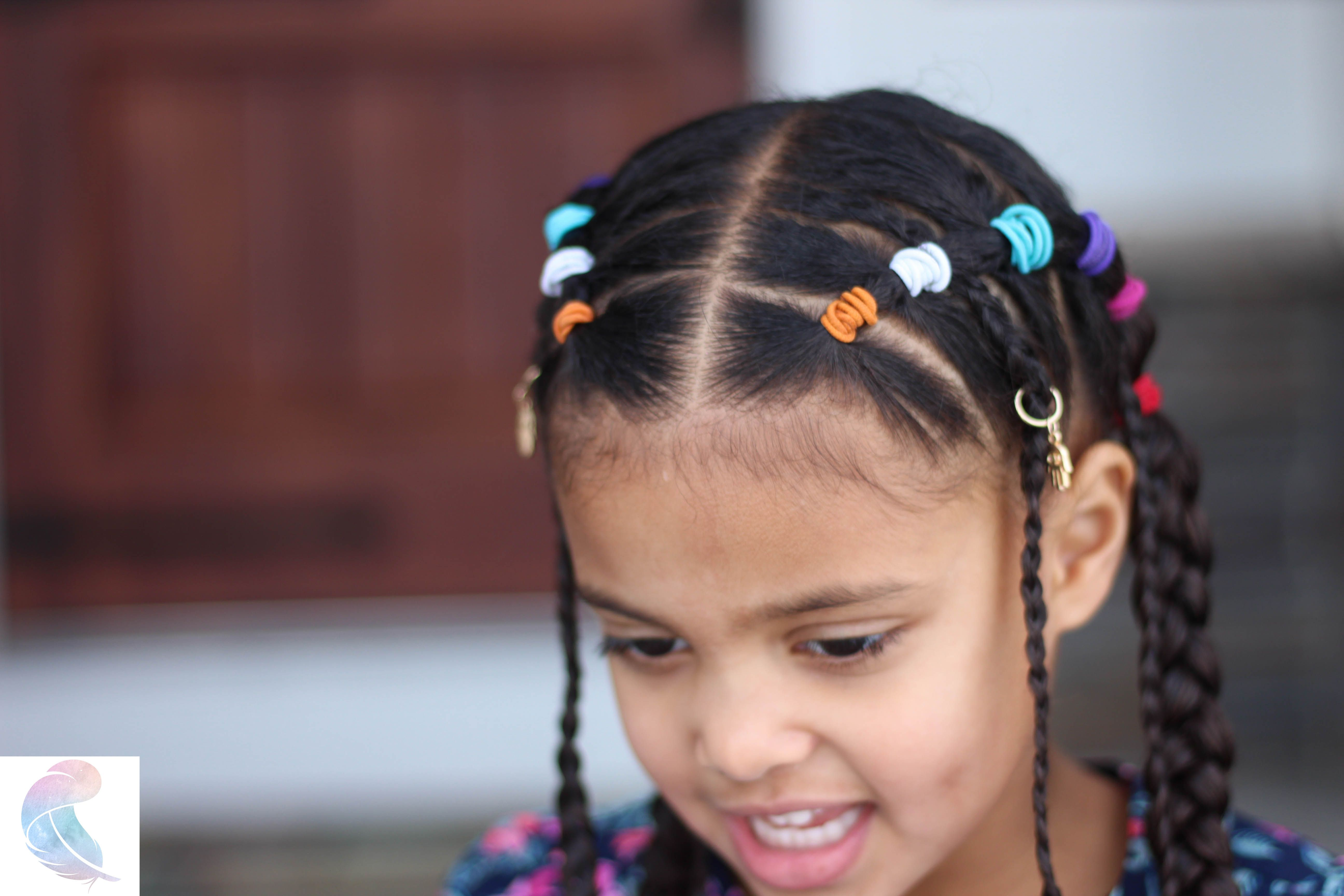 Curly Hair On Instagram Baby Feverrrrr She Is Adorable Curly Barb In 2020 Baby Girl Hairstyles Curly Lil Girl Hairstyles Kids Hairstyles Girls