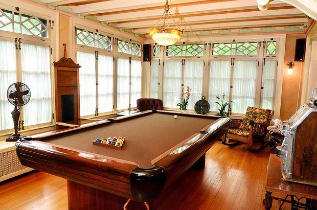 Billiards room in Syracuse