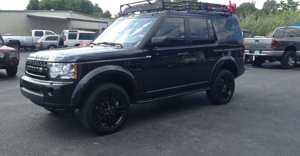 LR4   Voyager Roof Rack And Sliders