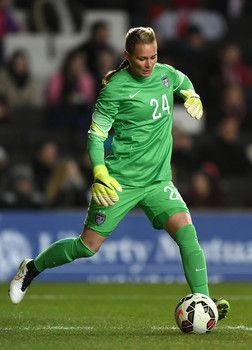 Hope Solo vs Ashlyn Harris  Which USA goalkeeper is hotter in 2015    (Photos) 98e27cccba22
