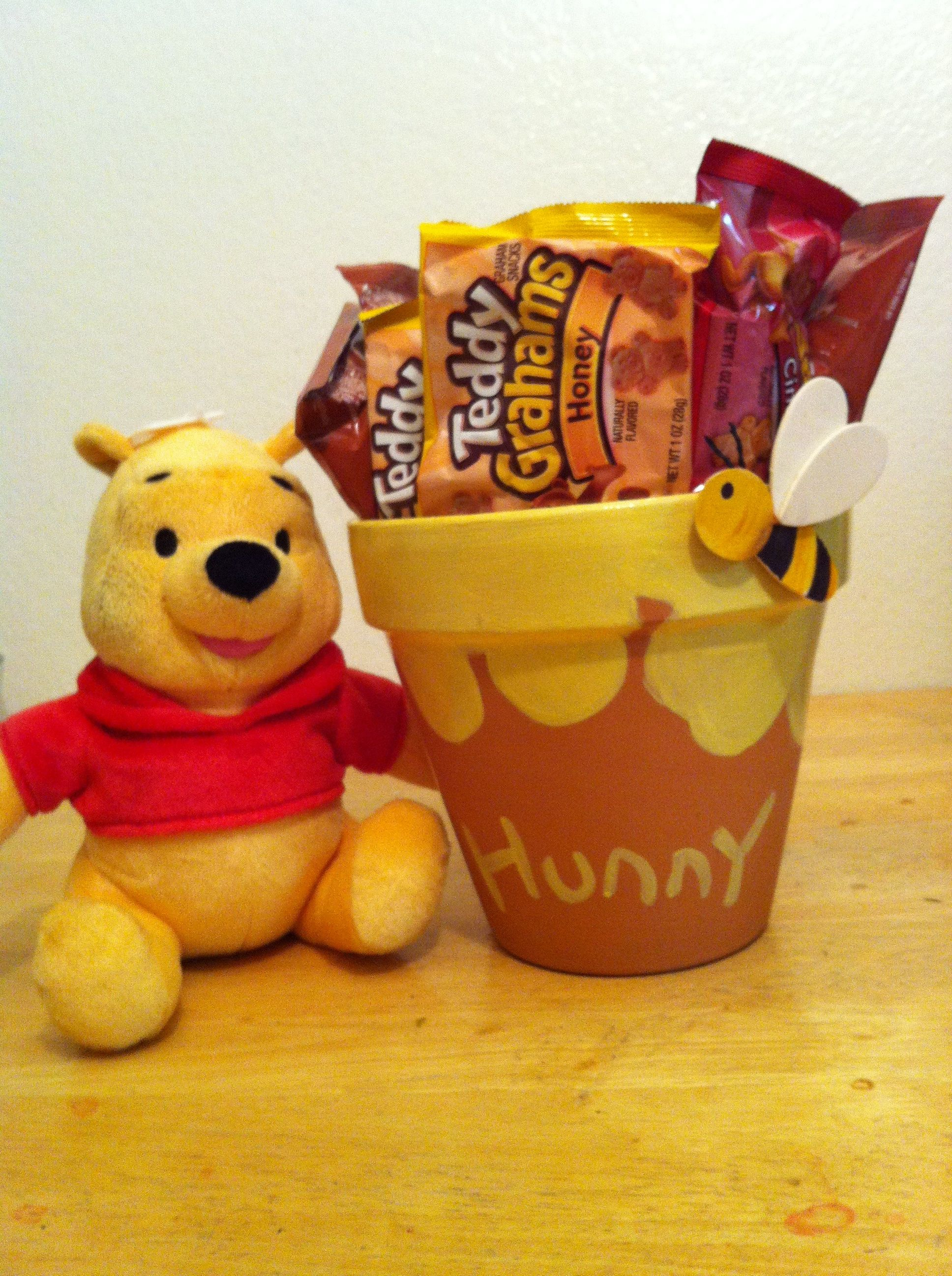 Pooh Amp His Hunny Pot Full Wit Teddy Grahams