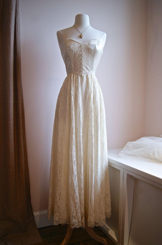 1970s wedding dress  s Gunne Sax  Vintage s Wedding Dress Strapless Lace Romantic