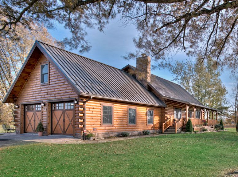 This Log Home Is Modified From The Mckay Log Home Floor Plan By Hochstetler Log Homes Loghomes Logcabins Log Homes Exterior Log Home Interior Log Homes