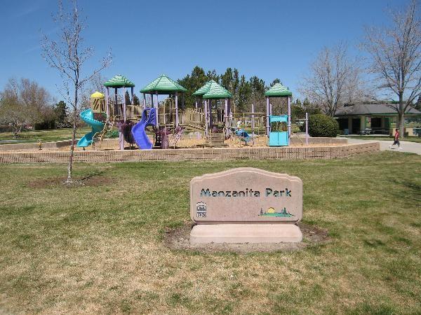 Manzanita Park, Reno: Features playground, large grassy