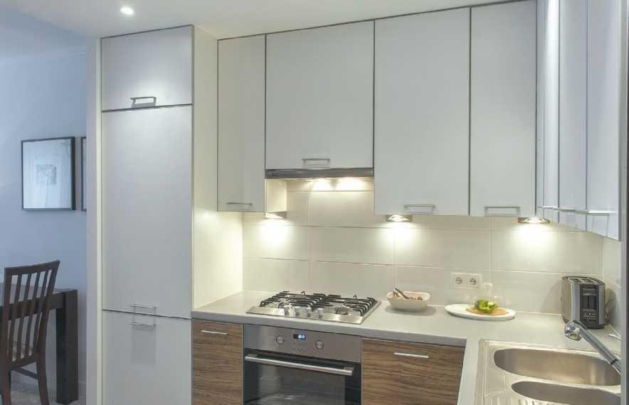 Galeria Zdjec Mala Kuchnia Otwarta Na Salon Pomysl Na Nowoczesny I Wygodny Aneks Kuchenny Zdjecie Nr 3 Kitchen Kitchen Cabinets Home Decor