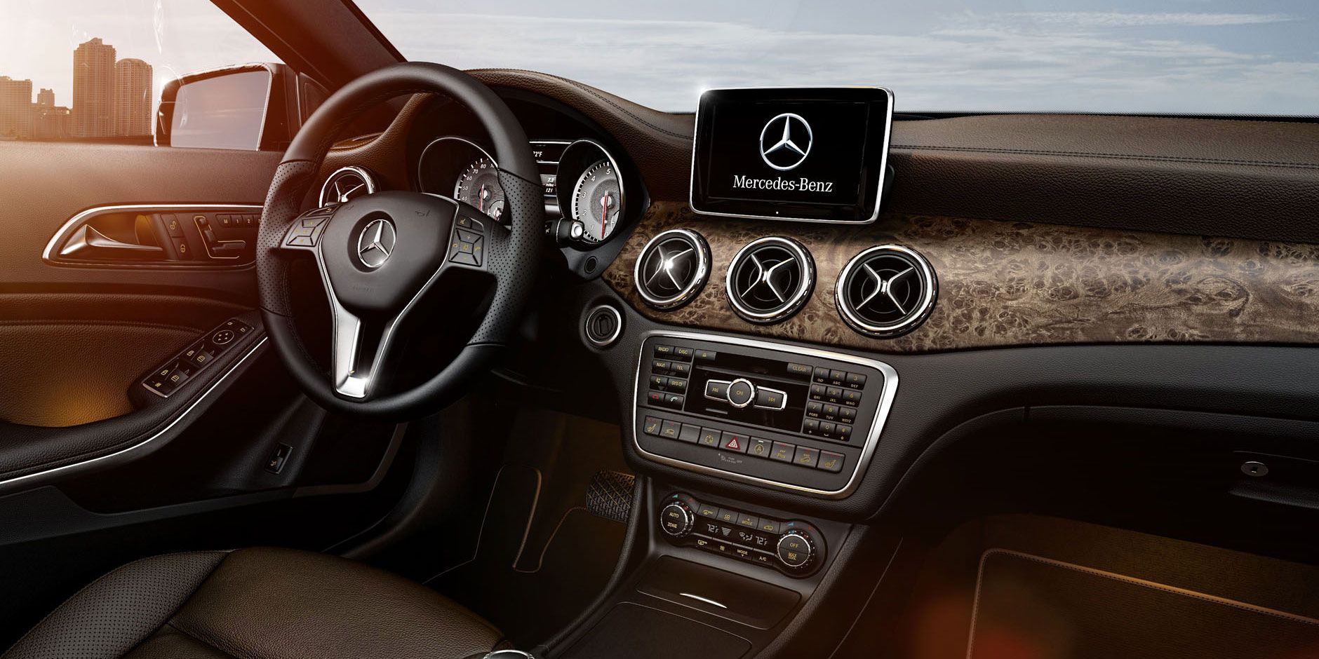 Stylish New Compact Suv Interior From 2015 Mercedes Benz Gla Class