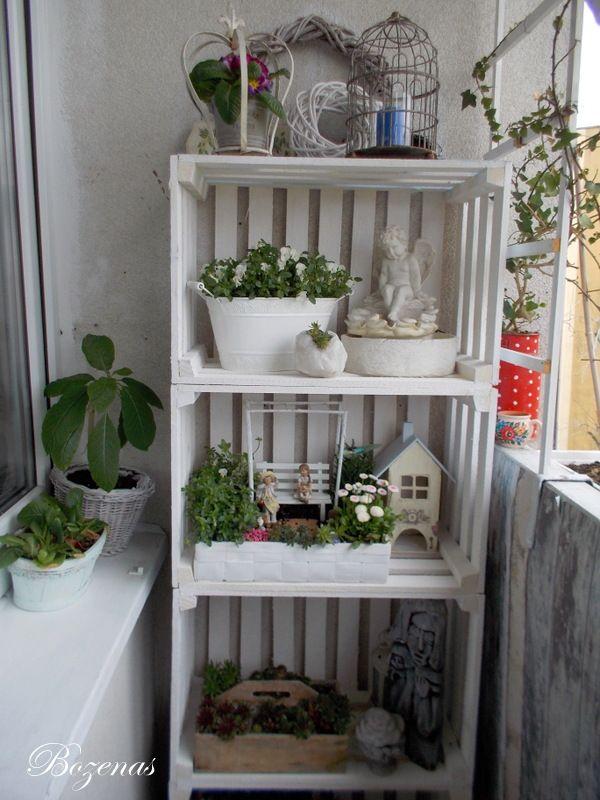 Dekoracje Ze Skrzynek Na Owoce Na Balkonie Home Decor Decor Ladder Decor