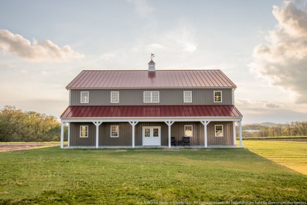 Two Story Pole Barn with Colonial #polebarnhouses Two Story Pole Barn with Colonial #polebarnhomes