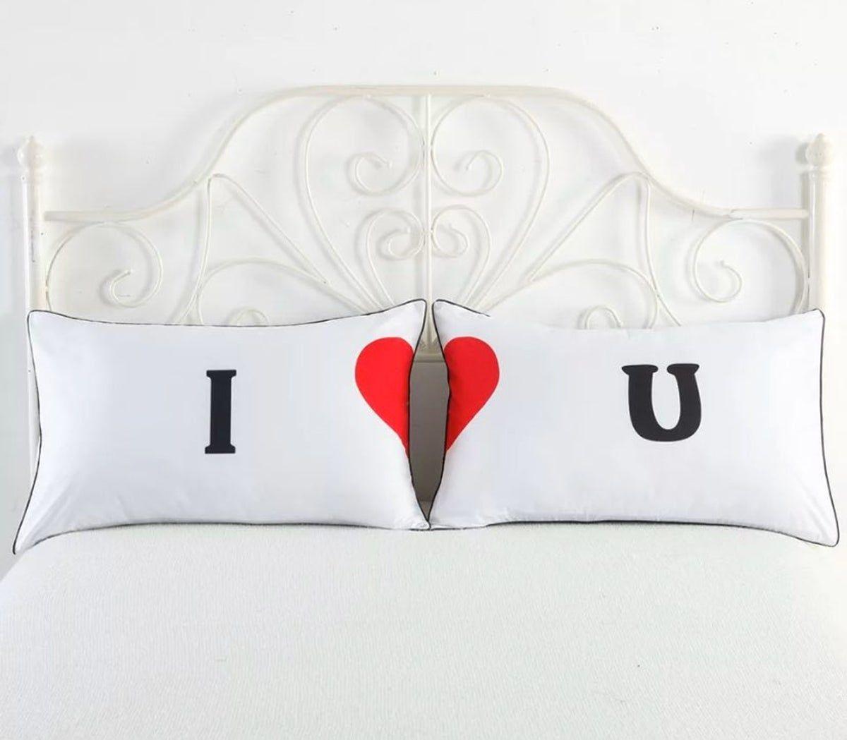 Pin By Bianca Ilias On Regalos Pa Navidad In 2020 Couple Pillow Couple Pillowcase Living Room Decor Pillows #pillowcases #for #living #room