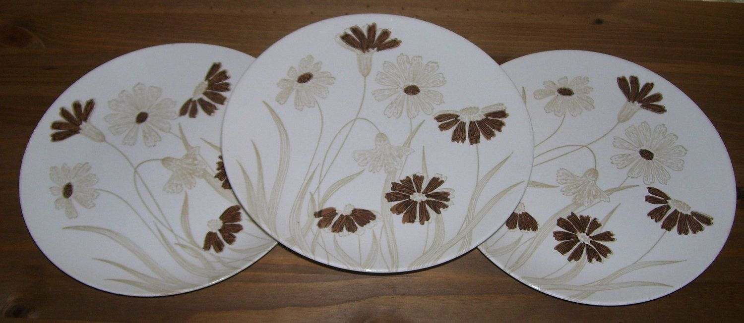Dinner Plates Royal China Can Can Cavalier Ironstone USA