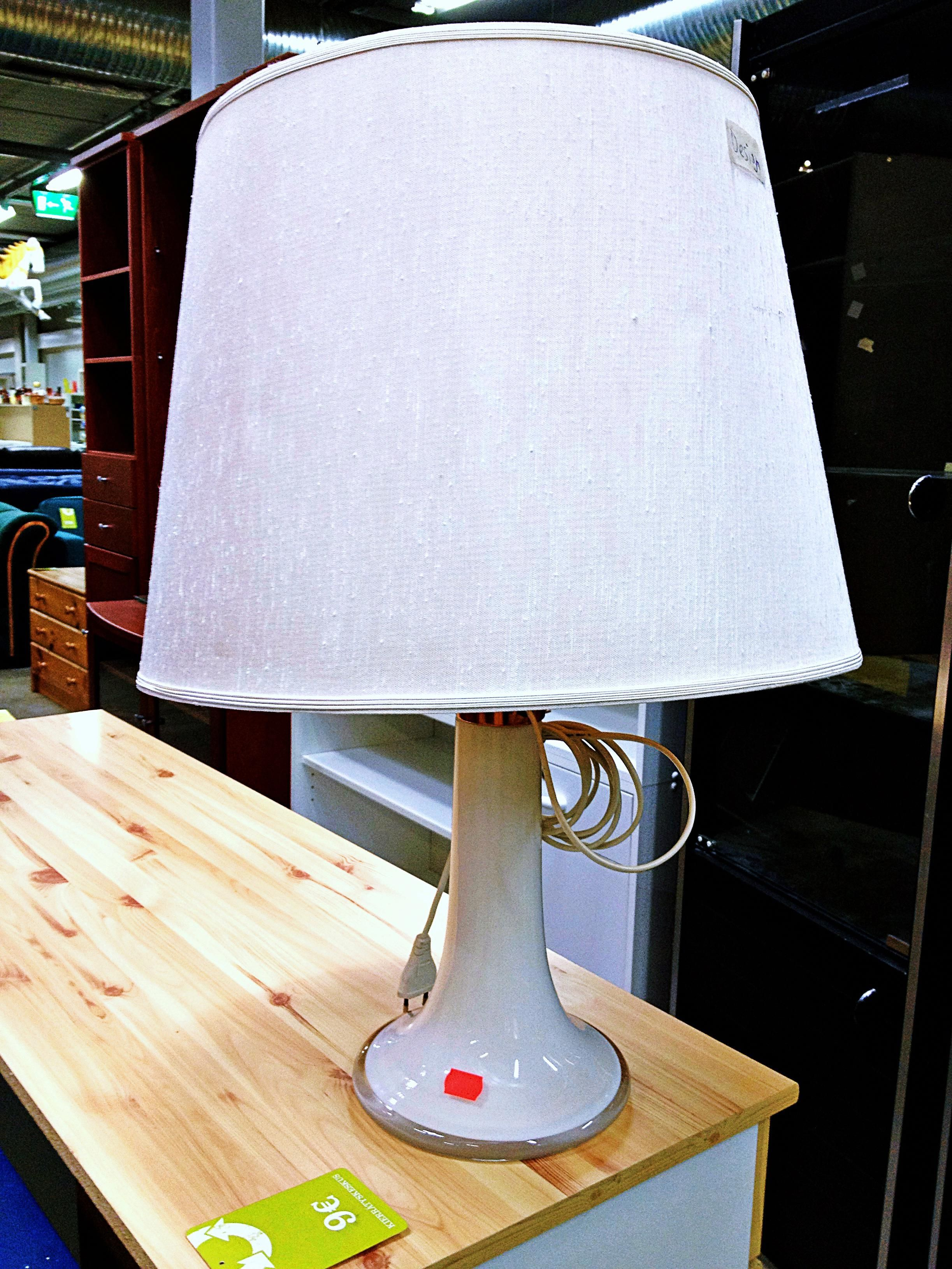 Why are table lamps so important? Table lamp, Lamp