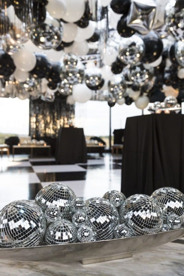 38 Examples of Disco Theme Party Decorations - Bored Art