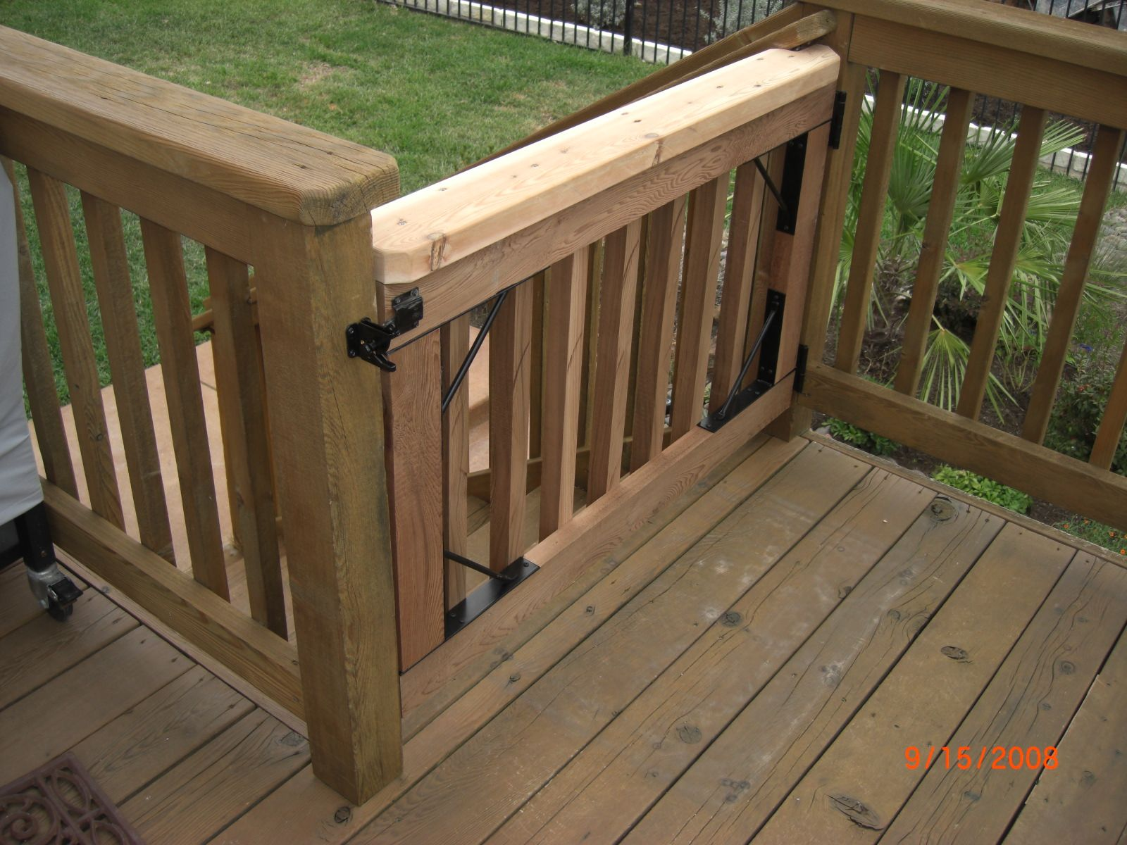 Best 25 Deck Gate Ideas On Pinterest Diy Safety Gates