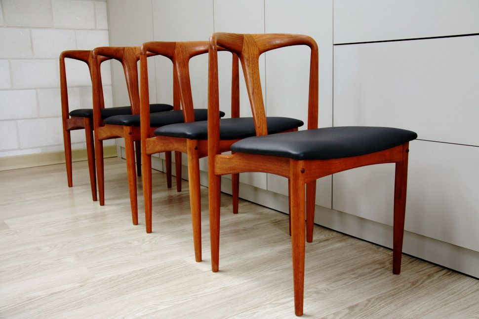 Set Of 4 Dining Chairs Juliana By Johannes Andersen For Uldum