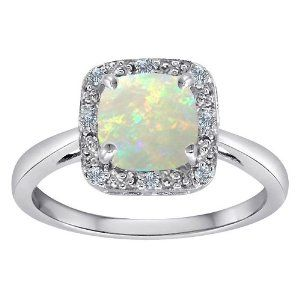 Opal & Diamond Ring perfect for engagement or marriage.
